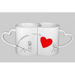 Coppia di Tazze amore, con stampa omini con trampolino cuore