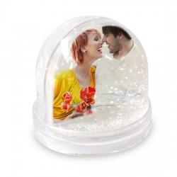 Globo sfera con pioggia di neve